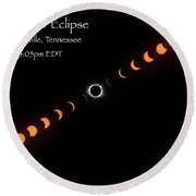 Round Beach Towel featuring the photograph Totality by Norman Peay