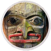 Totem Pole Detail - Eagle Round Beach Towel