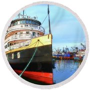 Tour Boat At Dock Round Beach Towel by Tobeimean Peter