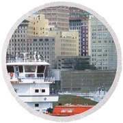Towboat Robt G Stone At Memphis Tn Round Beach Towel