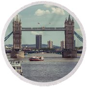 Tower Bridge B Round Beach Towel