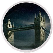 Tower Bridge In Moonlight Round Beach Towel