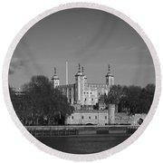 Tower Of London Riverside Round Beach Towel