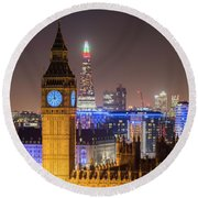 Towers Of London Round Beach Towel