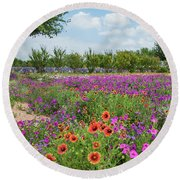 Trailing Beauty Round Beach Towel