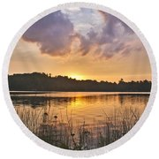Tranquil Sunset On The Lake Round Beach Towel