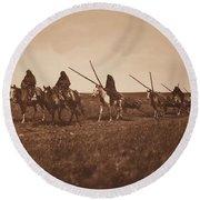 Travaux - Piegan , Native American By Edward Sheriff Curtis, 1868 - 1952 Round Beach Towel