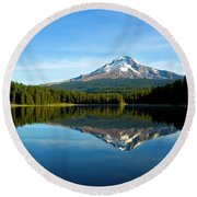 Trillium Lake Mt Hood Fall Round Beach Towel