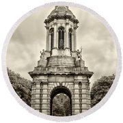 Trinity College Arch - Dublin Ieland - Sepia Round Beach Towel