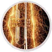 Trumpet Outlined With Sparks Round Beach Towel