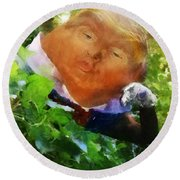 Trumpty Dumpty San On A Wall Round Beach Towel