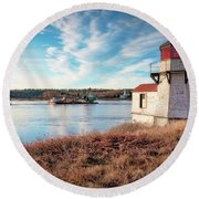 Tugboat, Squirrel Point Lighthouse Round Beach Towel