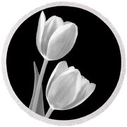 Tulips In Black And White Round Beach Towel
