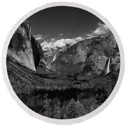 Tunnel View Black And White  Round Beach Towel