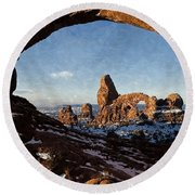 Turret Arch Round Beach Towel