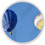 Two High In The Sky Round Beach Towel