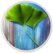 Two Leaves Of Ginkgo Biloba Round Beach Towel