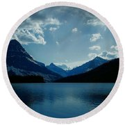 Two Medicine Lake Round Beach Towel