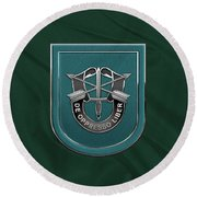 U. S.  Army 19th Special Forces Group - 19 S F G  Beret Flash Over Green Beret Felt Round Beach Towel