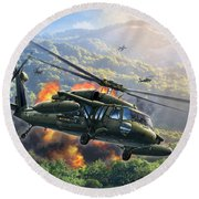 Uh-60 Blackhawk Round Beach Towel