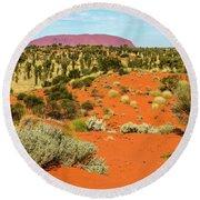 Round Beach Towel featuring the photograph Uluru 01 by Werner Padarin