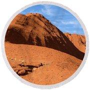 Round Beach Towel featuring the photograph Uluru 04 by Werner Padarin