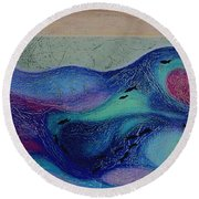 Undersea Movement Round Beach Towel