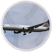 United Airlines Boeing 767 Round Beach Towel