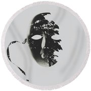Unmasking In Silence Round Beach Towel