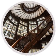 Up The Iconic Rookery Building Staircase Round Beach Towel