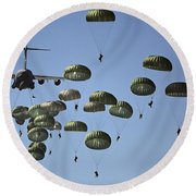 U.s. Army Paratroopers Jumping Round Beach Towel