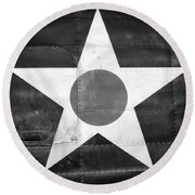 Us Roundel, In Black And White - 2017 Christopher Buff, Www.aviationbuff.com Round Beach Towel