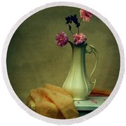Vase Of Pink Roses Round Beach Towel