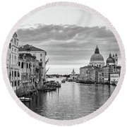 Round Beach Towel featuring the photograph Venice Morning by Richard Goodrich