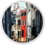 Round Beach Towel featuring the photograph Venice Xx by Tom Prendergast