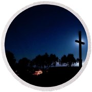 Ventura Ca Cross At Moonset Round Beach Towel