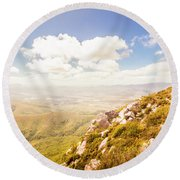 Vibrant Hills And Valleys Round Beach Towel