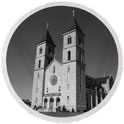 Round Beach Towel featuring the photograph Victoria, Kansas - Cathedral Of The Plains 6 Bw by Frank Romeo