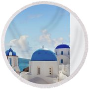 Caldera  Of Santorini Round Beach Towel