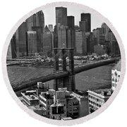 View Of The Brooklyn Bridge Round Beach Towel