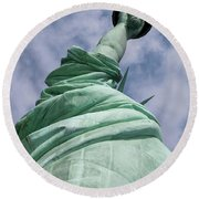 View Of The Statue Of Liberty Round Beach Towel