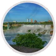 View Of Usa From Canada Round Beach Towel