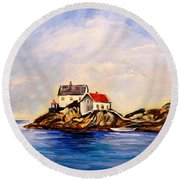 Vikeholmen Lighthouse Round Beach Towel