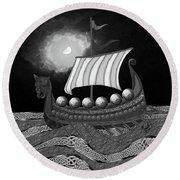 Viking Ship_bw Round Beach Towel