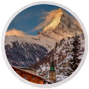 Village Of Zermatt With Matterhorn Round Beach Towel