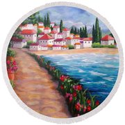 Villas By The Sea Round Beach Towel