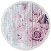 Vintage Shabby Chic Dusky Pink Roses On Blue Wood Effect Background Round Beach Towel