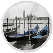 Vintage Venice In Black, White, And Blue Round Beach Towel