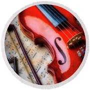 Violin And Old Key Round Beach Towel