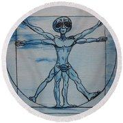 Vitruvian Alien Round Beach Towel